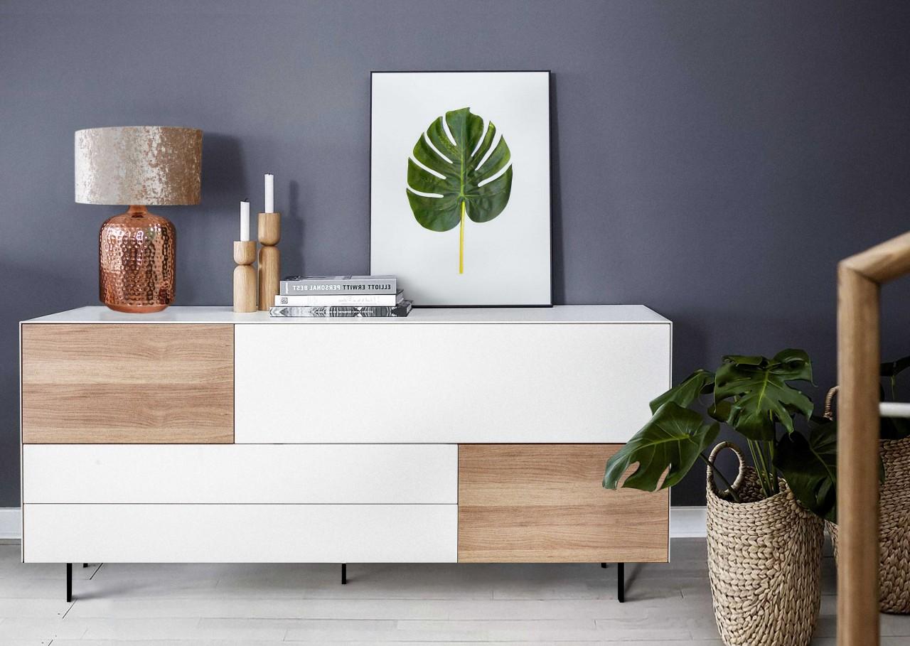 Sideboard Helsinki für Stilbewusste: Eichenfurnier trifft mattes Weiß ca.180 cm